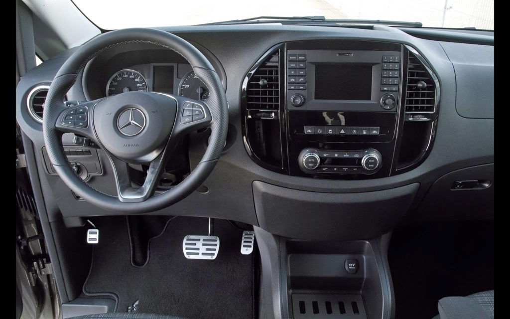 Mercedes Benz Vito De La Hartmann O Dubă Sportivă