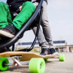 Cum sa iti plimbi copilul in siguranta pe skateboard?!?