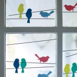 """""""Pasarelele"""" de pe geamul copilului!"""