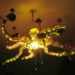 Caracatița care îți iluminează cina!