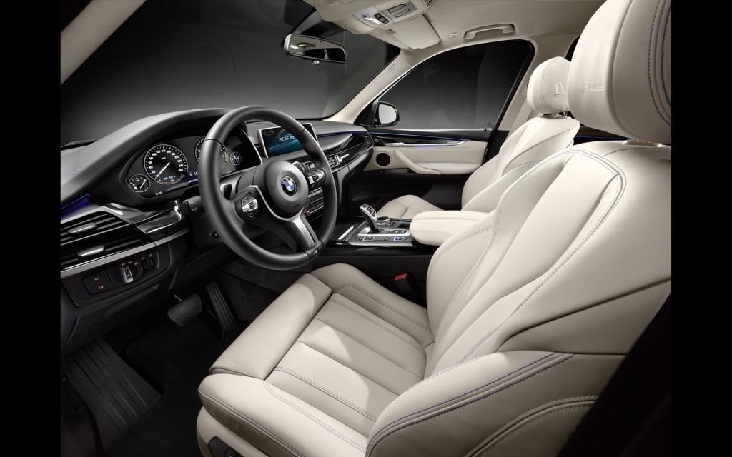 2014-BMW-Concept-X5-eDrive-Interior-1-1680x1050