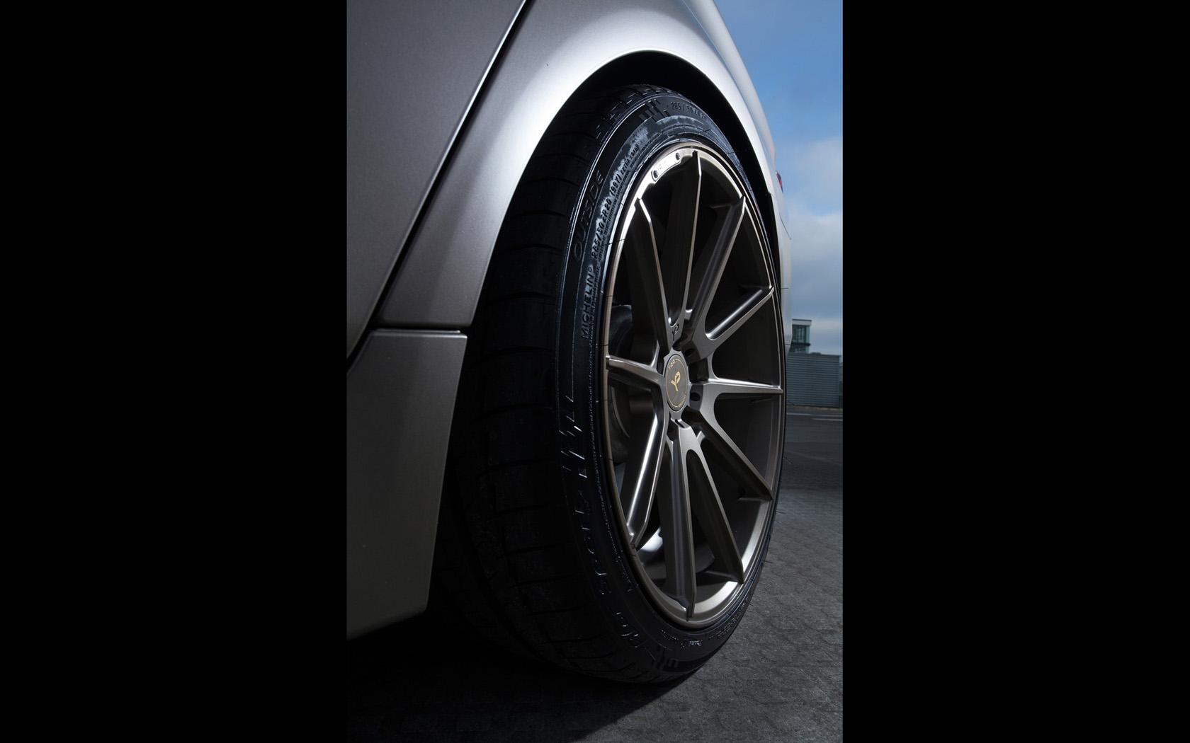 2014-fostla-de-BMW-550i-Details-1-1680x1050