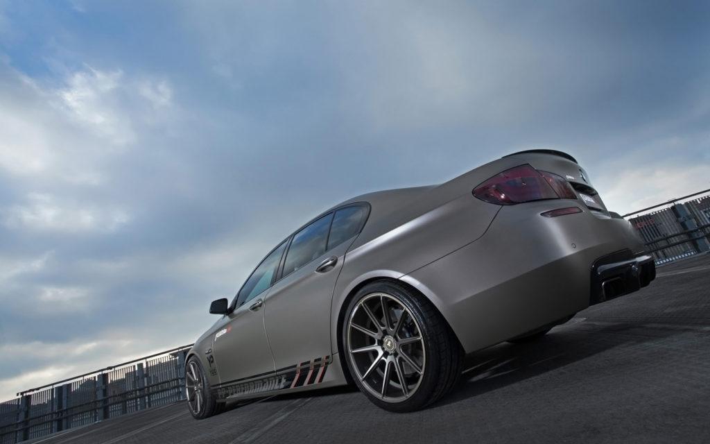 2014-fostla-de-BMW-550i-Static-1-1680x1050
