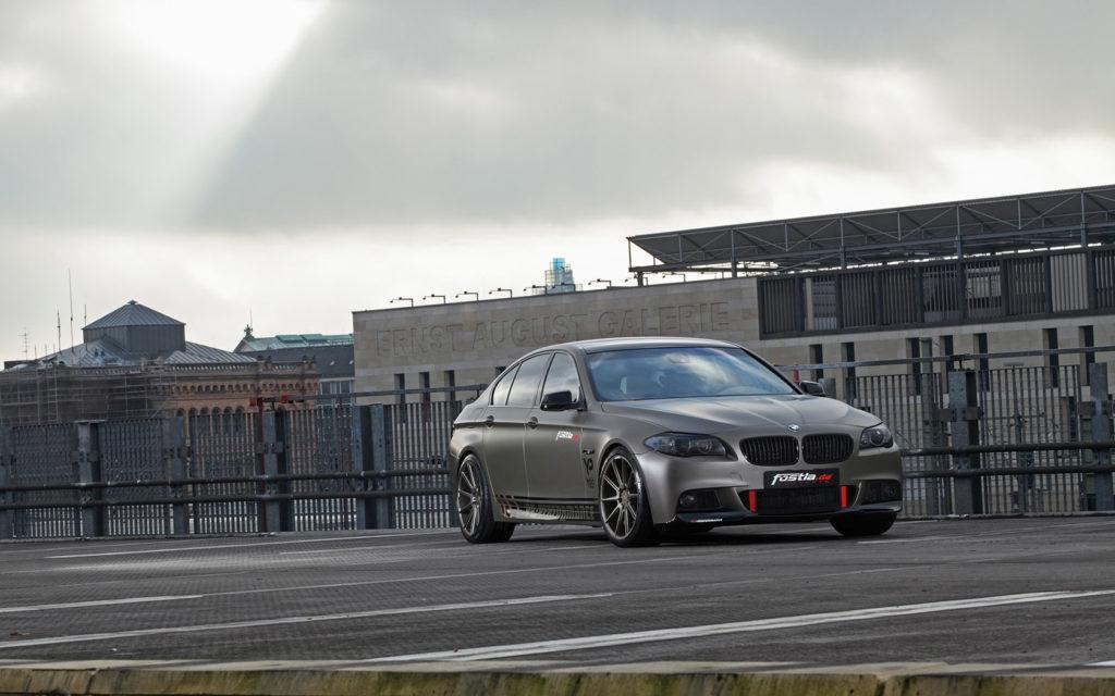 2014-fostla-de-BMW-550i-Static-4-1680x1050