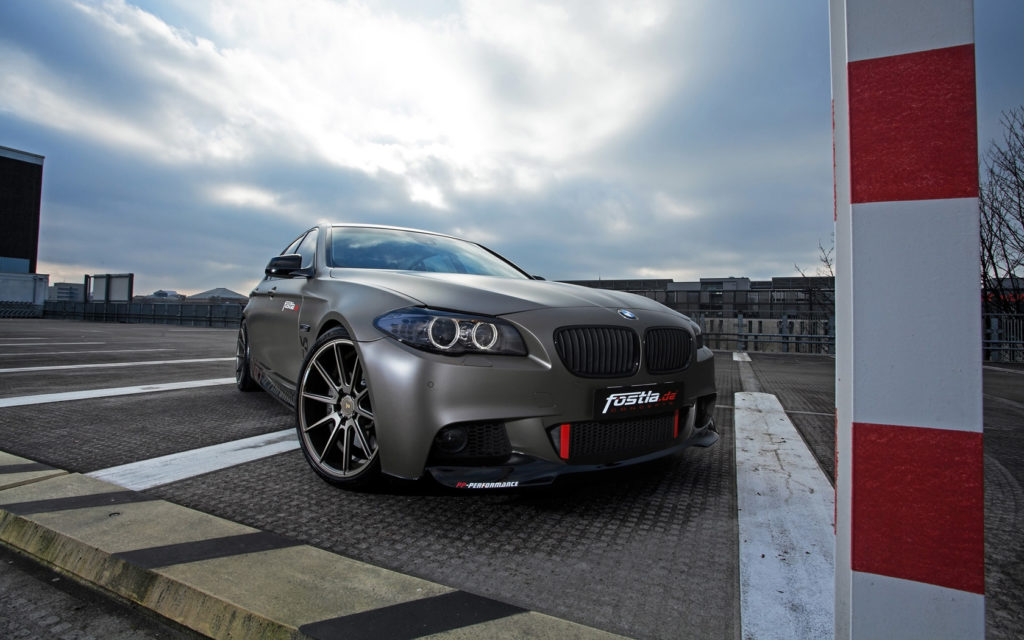 2014-fostla-de-BMW-550i-Static-7-1680x1050