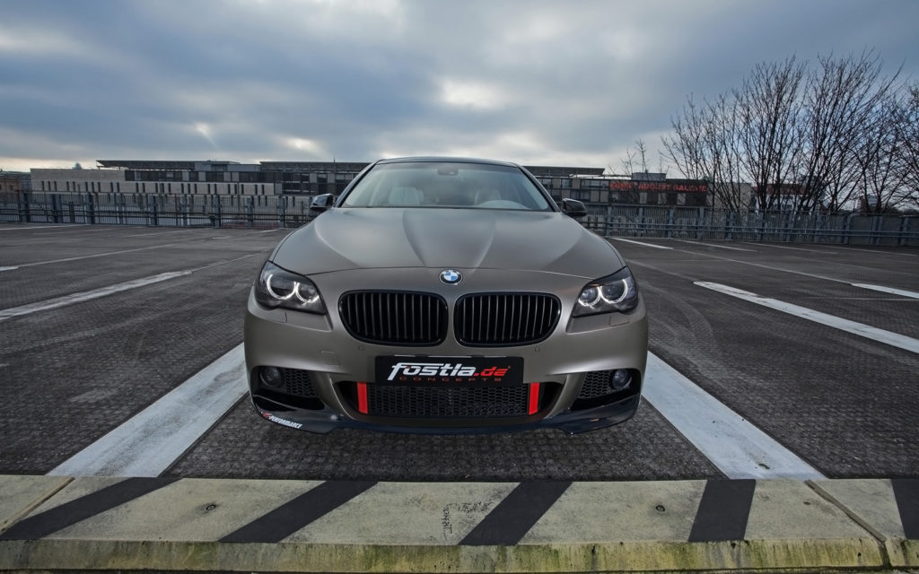2014-fostla-de-BMW-550i-Static-8-1680x1050
