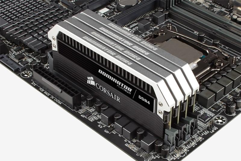 Corsair a lansat kit-uri de memorie RAM de 128 GB DDR4