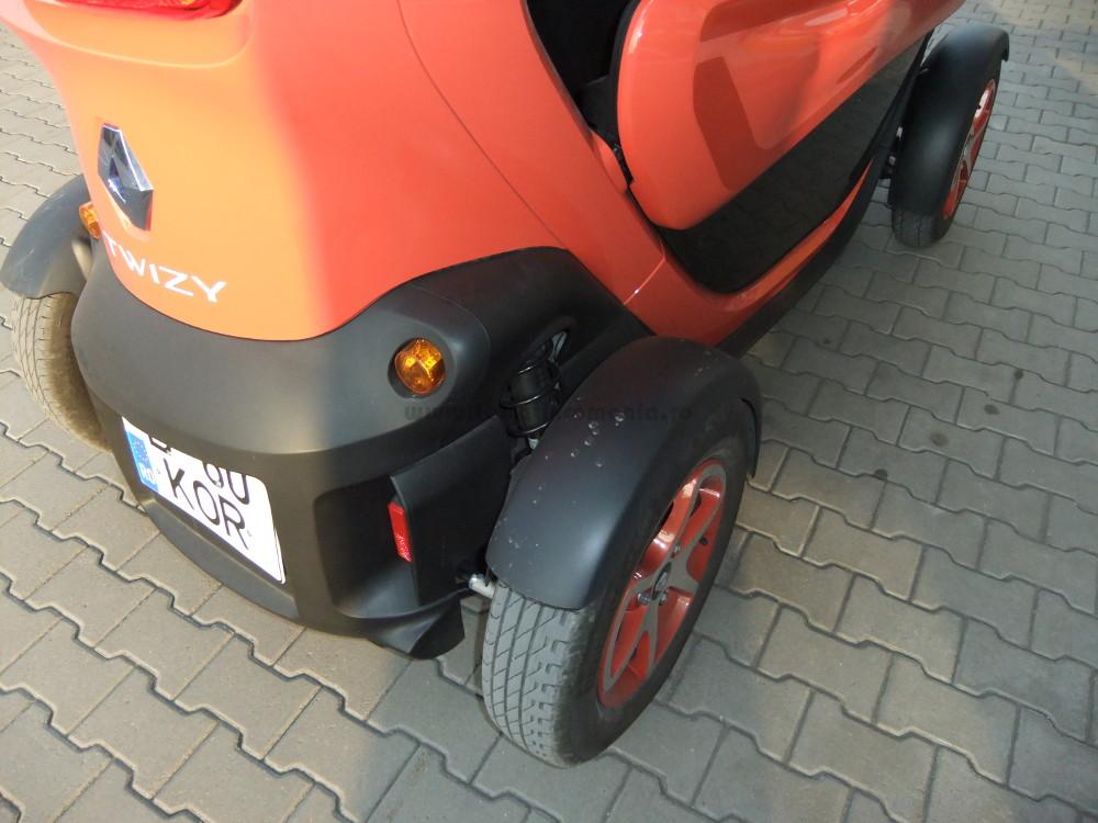 Renault_twizy_test_supensie
