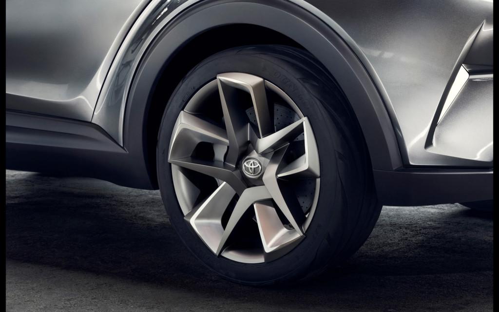 2015-Toyota-C-HR-Concept-Details-2-1680x1050