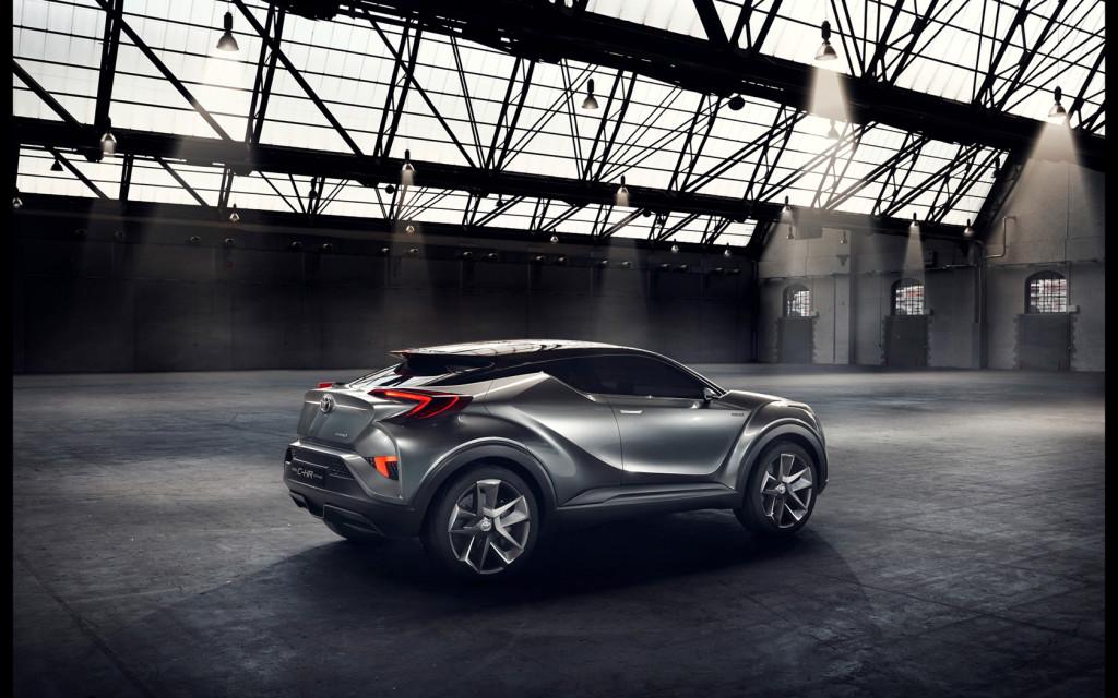 2015-Toyota-C-HR-Concept-Static-4-1680x1050