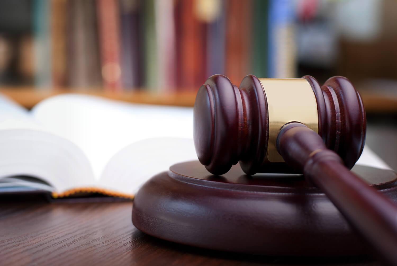 Un tribunal a decis ca politicienii care blochează persoane în mediul de socializare online violează Primul Amendament