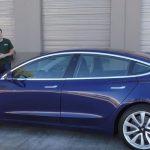 """""""Cea mai tare mașină a anului 2017!"""" Tesla Model 3"""