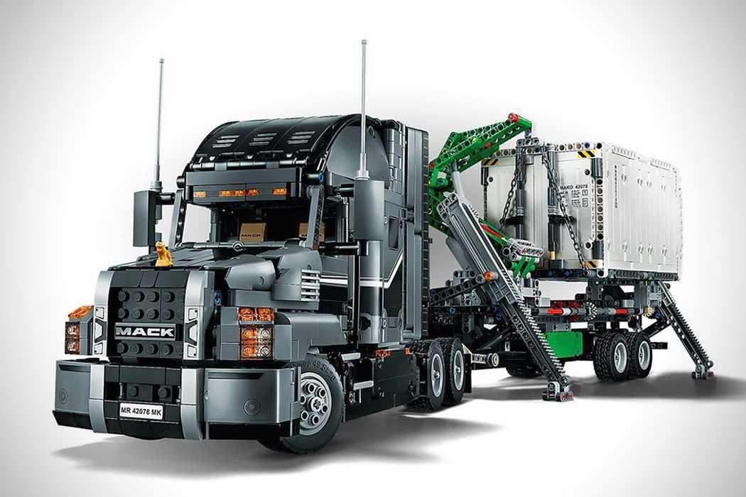 """Un Lego atât de real, încât l-ai """"conduce""""!"""
