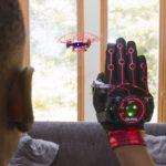 Drona comandată din gesturi – Training In Air-Traffic-Control