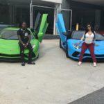 """""""Săracii"""" îşi cumpără papuci și Lamborghini"""