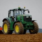 John Deere a fabricat primul lor tractor electric pentru agricultură