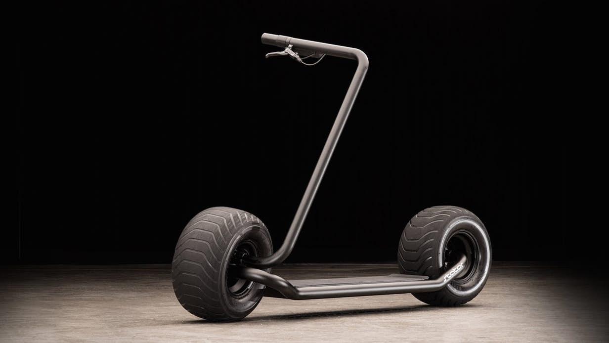 Scooterul electric Strator – atracția momentului!