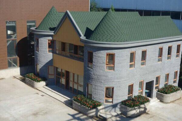 O companie din Beijing a construit o vilă cu două etaje cu o imprimantă 3D