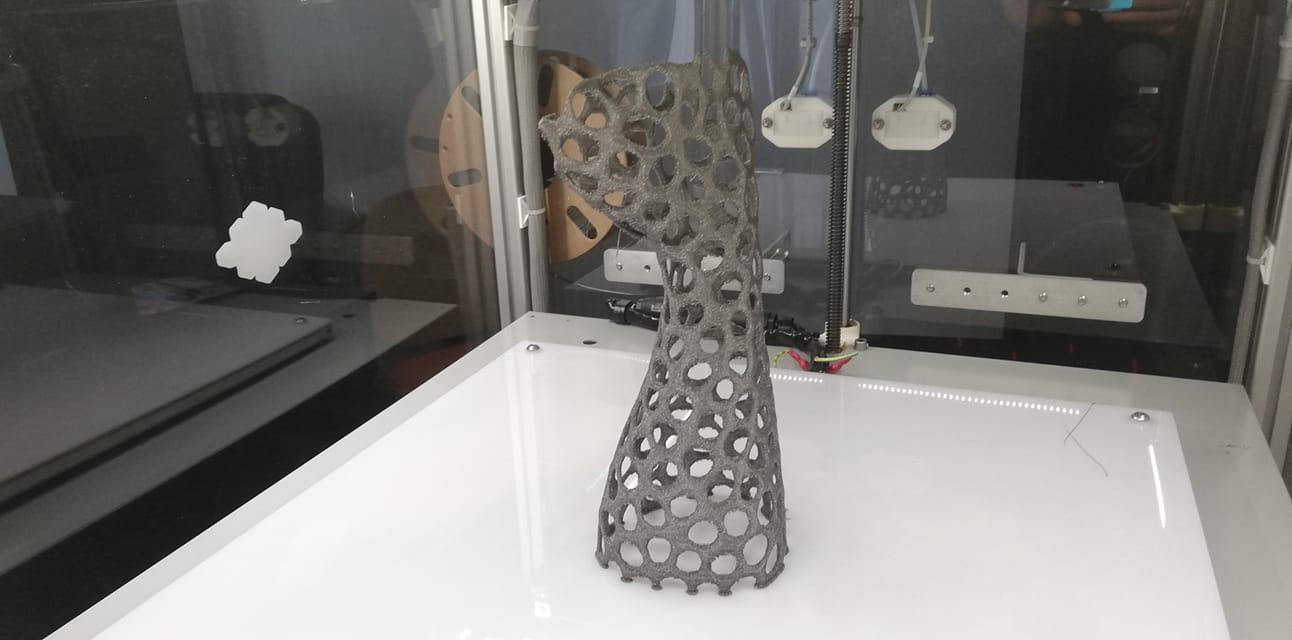 Ghips pentru mână realizat cu imprimanta 3D