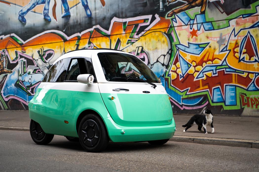 Aceste concepte futuriste de design auto evocă nostalgia cu estetica lor retro