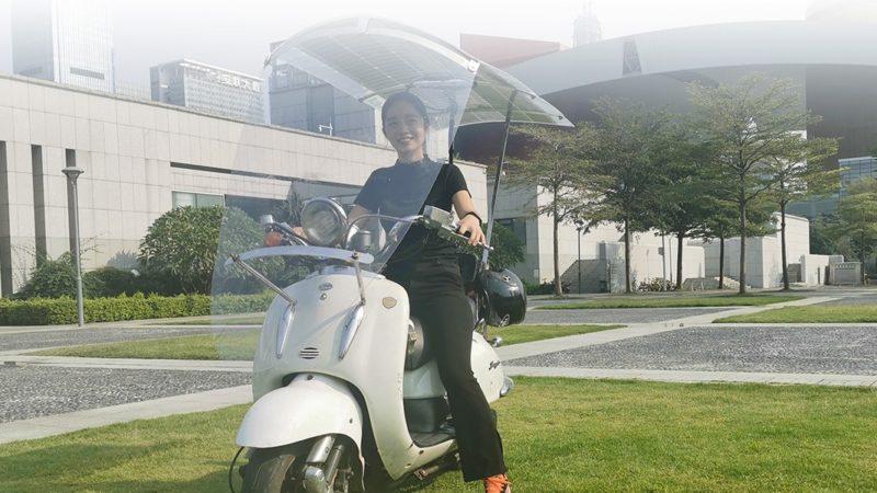 Acoperiș universal cu încărcare solară, pentru scutere electrice