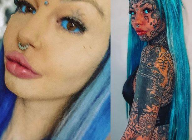 """Un model de pe Instagram și-a acoperit tatuajele de pe față cu machiaj – și a fost """"îngrozită"""" de transformare"""