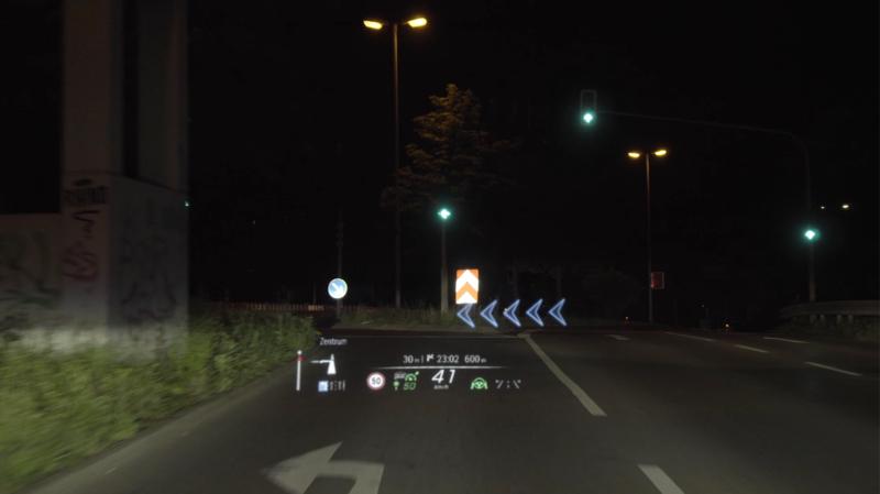 """""""Regele"""" a făcut posibilă realitatea augmentată pentru autoturisme"""